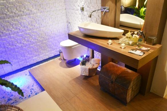 TeT_torneira_banheiro_parede_4