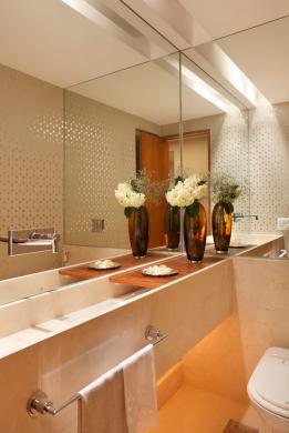 TeT_torneira_banheiro_espelho_2