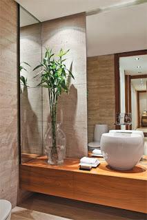 TeT_torneira_banheiro_espelho_3