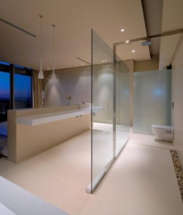 TeT_pedrinhas-no_banheiro_2