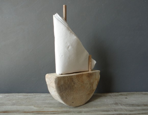 TeT_ Sailboat Napkin Holder