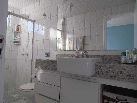 TeT_quarto_nina_12_banheiro