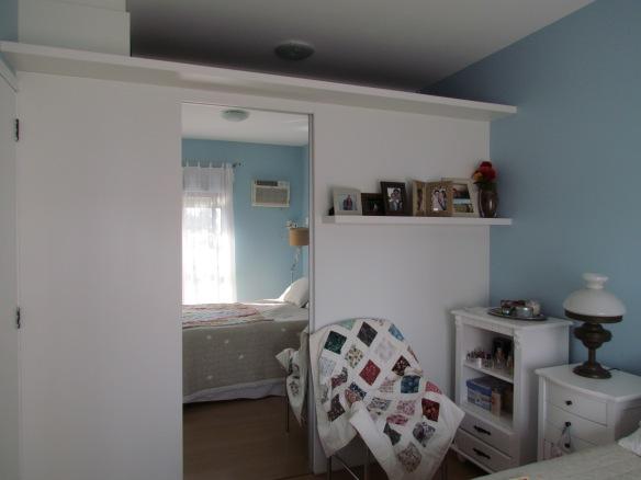 TeT_quarto_nina_8_closet_porta_espelho