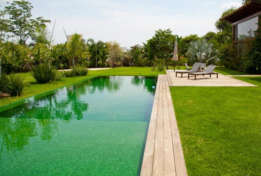Piscinas com revestimento verde tijolosetecidos - Piscina gresite verde ...