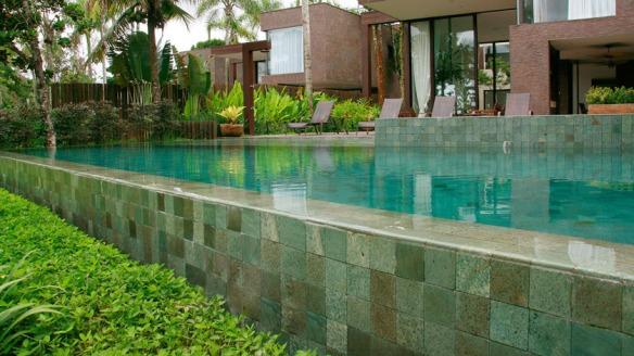 TeT_piscina_revestimento_verde_9_pedra_hijau