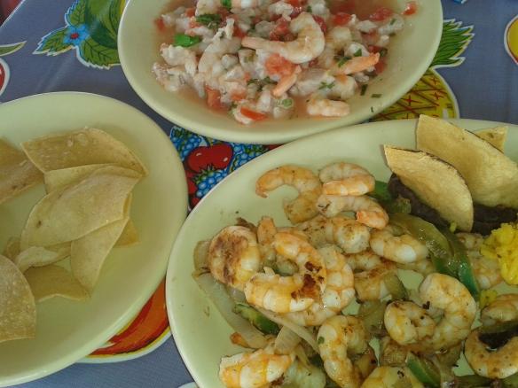 TeT_12_isla_mujeres_comida_mexicana