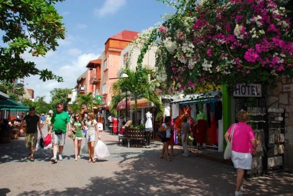 TeT_3_cancun_x_playa_del_carmen_2_5a_avenida