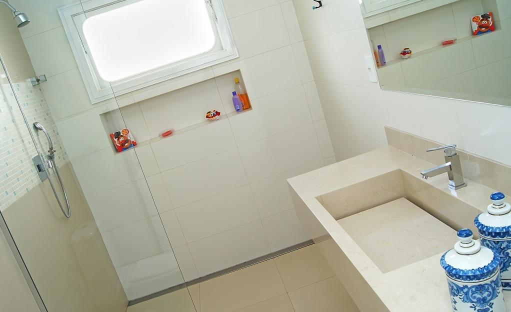 Nicho no Box – Quais Materiais Usar?  tijolosetecidos -> Nicho Banheiro Porcelanato