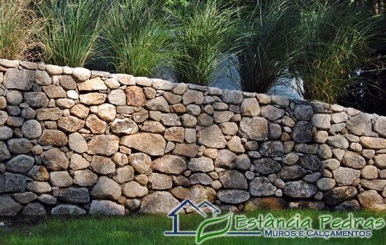 TeT_muro_pedra_4_bolao